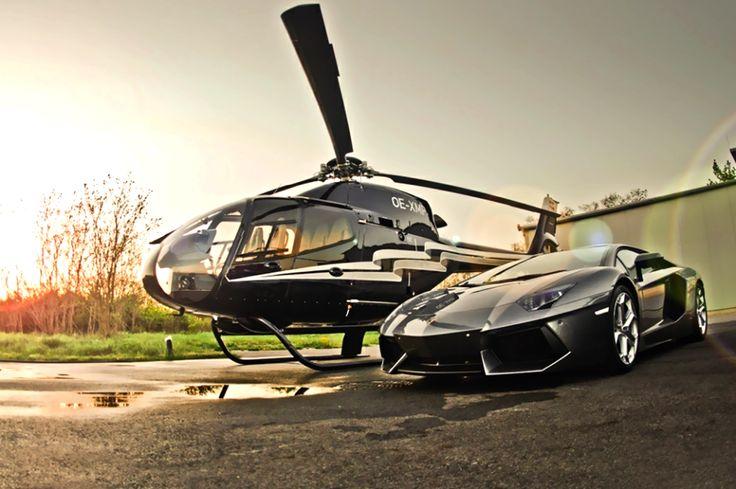 Spostamenti veloci e in tutta sicurezza anche con elicotteri di ultima generazione.